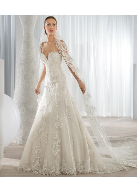 6104b5604b0e Outlet 123 - abito da sposa 2016 Outlet Collection - Le Spose di Milano