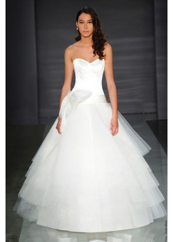 Outlet019 - abito da sposa OUT-2015-Outlet019 2015 Collection - Le ... 8aca826eb74